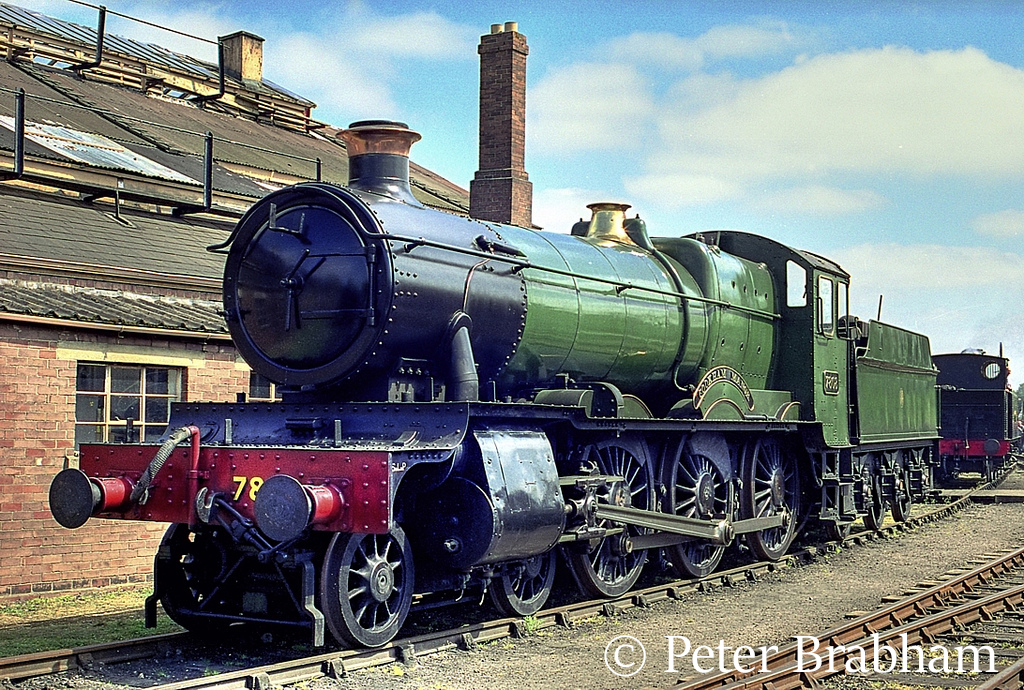 This image has an empty alt attribute; its file name is 7808-cookham-manor-at-didcot-may-2007.jpg