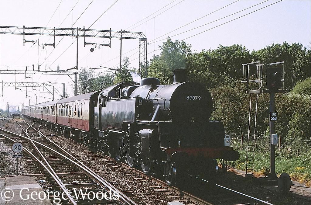 80079 at Leigh on Sea - May 1999.jpg