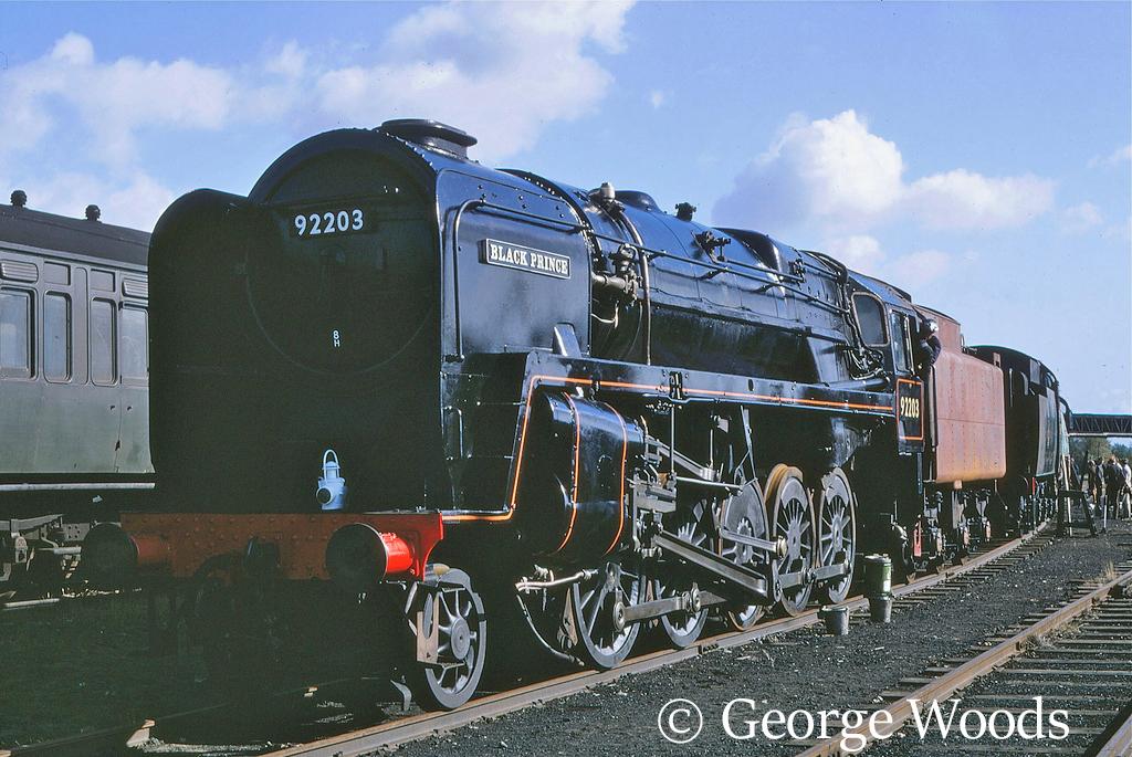 92203 at Longmoor - Serptember 1968.jpg