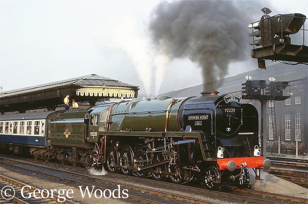 92220 Evening Star at York - September 1983.jpg