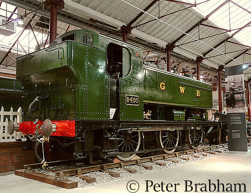 This image has an empty alt attribute; its file name is 9400-at-steam-at-swindon-may-2008.jpg