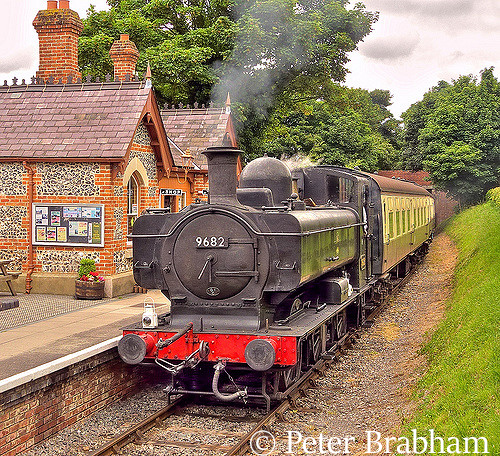This image has an empty alt attribute; its file name is 9682-at-chinnor-on-the-princess-risborough-chinnor-railway-june-2009.jpg
