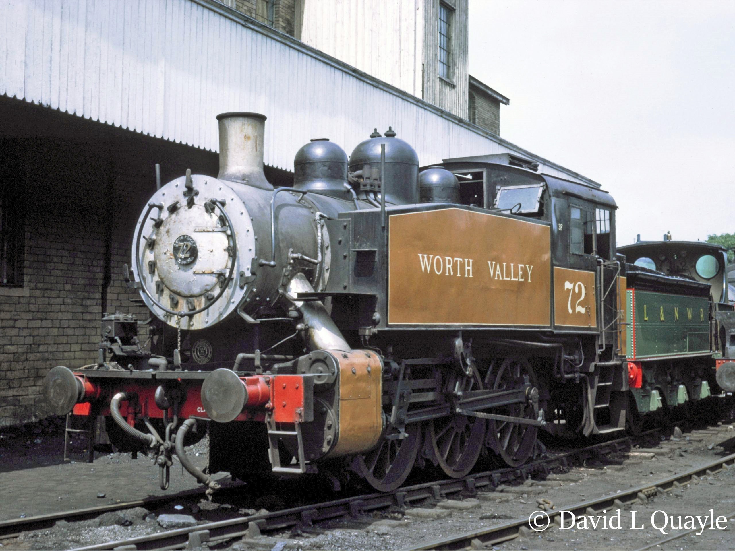 This image has an empty alt attribute; its file name is 30072-at-haworth-on-the-kwvr-1969.jpg