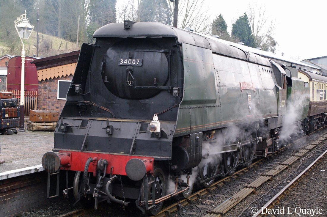 This image has an empty alt attribute; its file name is 34007-wadebridge-at-bridgnorth-on-the-severn-valley-railway-march-2013-k.jpg