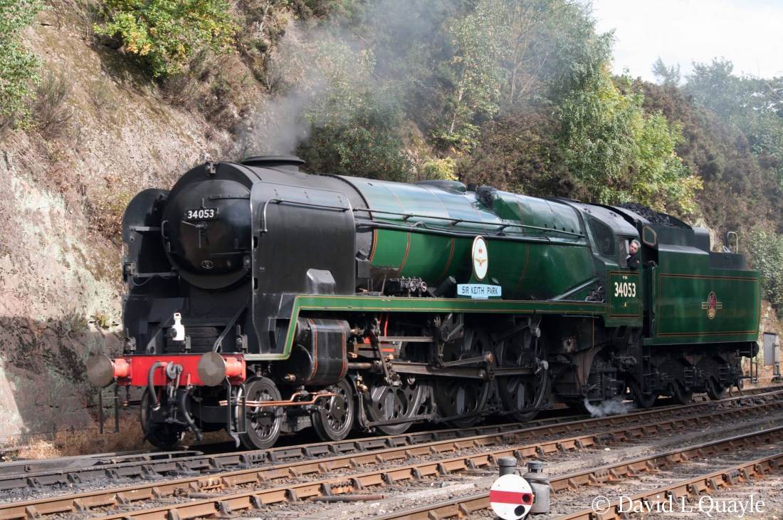 This image has an empty alt attribute; its file name is 34053-sir-keith-park-at-bewdley-on-the-severn-valley-railway-september-2017.jpg