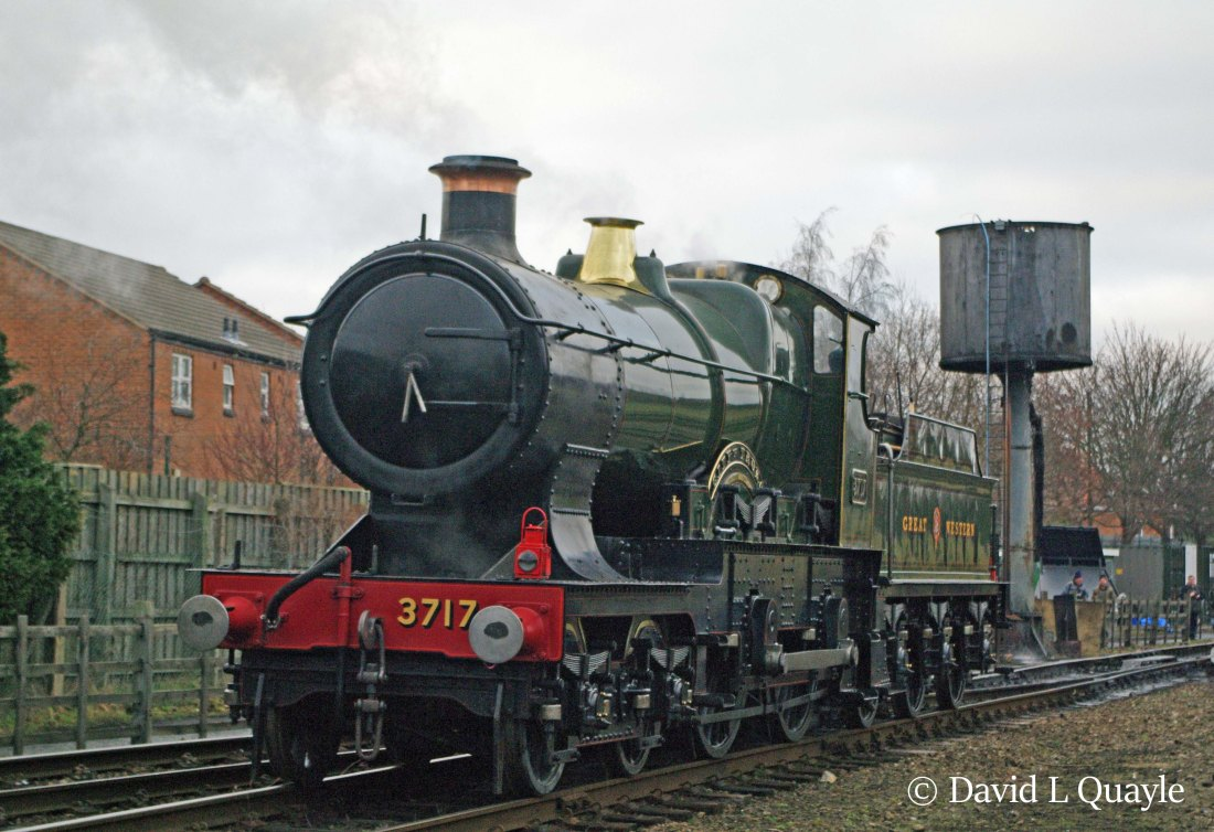 This image has an empty alt attribute; its file name is 3440-city-of-truro-at-loughborough-on-the-great-central-railway-january-2011.jpg