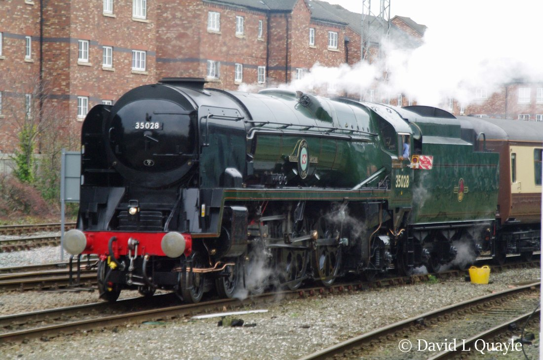 This image has an empty alt attribute; its file name is 35028-clan-line-at-chester-on-a-test-run-from-crewe-november-2010.jpg