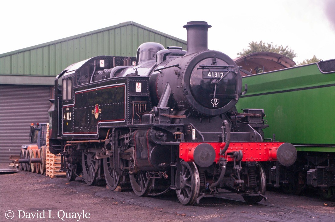 This image has an empty alt attribute; its file name is 41312-at-ropley-on-the-mid-hants-railway-july-2016.jpg