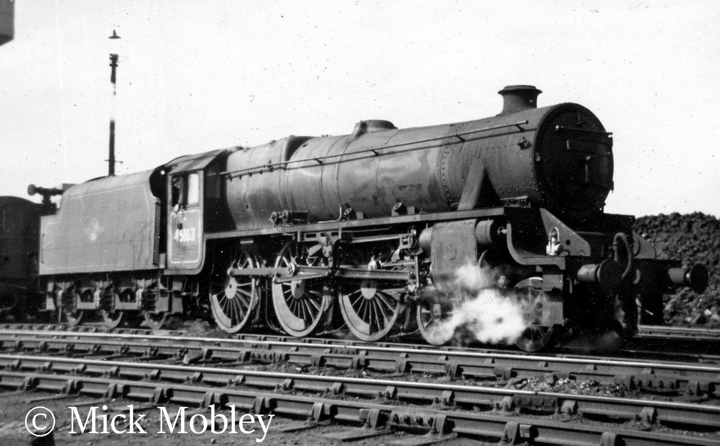 This image has an empty alt attribute; its file name is 45163-at-derby-april-1958.jpg