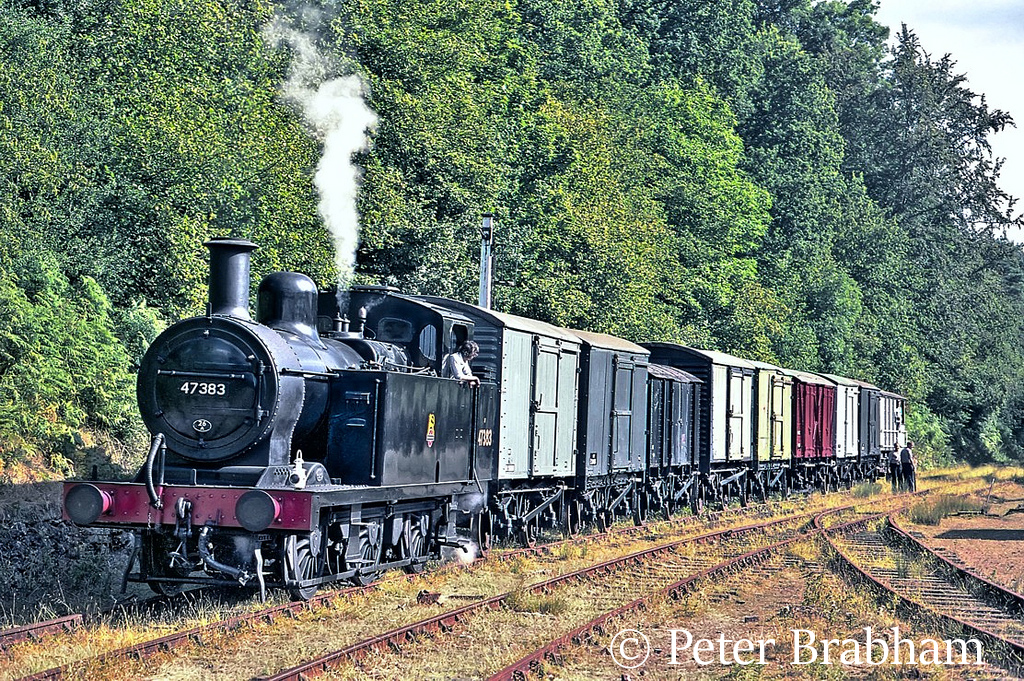 This image has an empty alt attribute; its file name is 47383-on-the-dean-forest-railway-august-1995.jpg