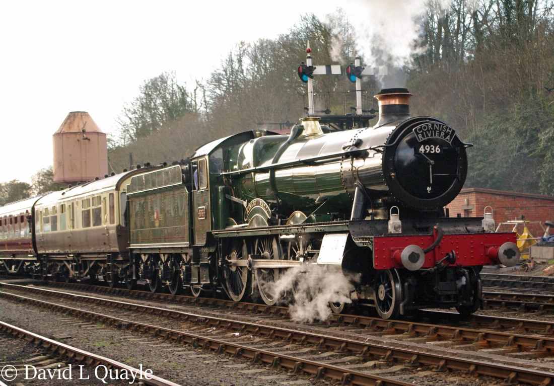 This image has an empty alt attribute; its file name is 4936-kinlet-hall-at-bewdley-on-the-severn-valley-railway-march-2014-b.jpg