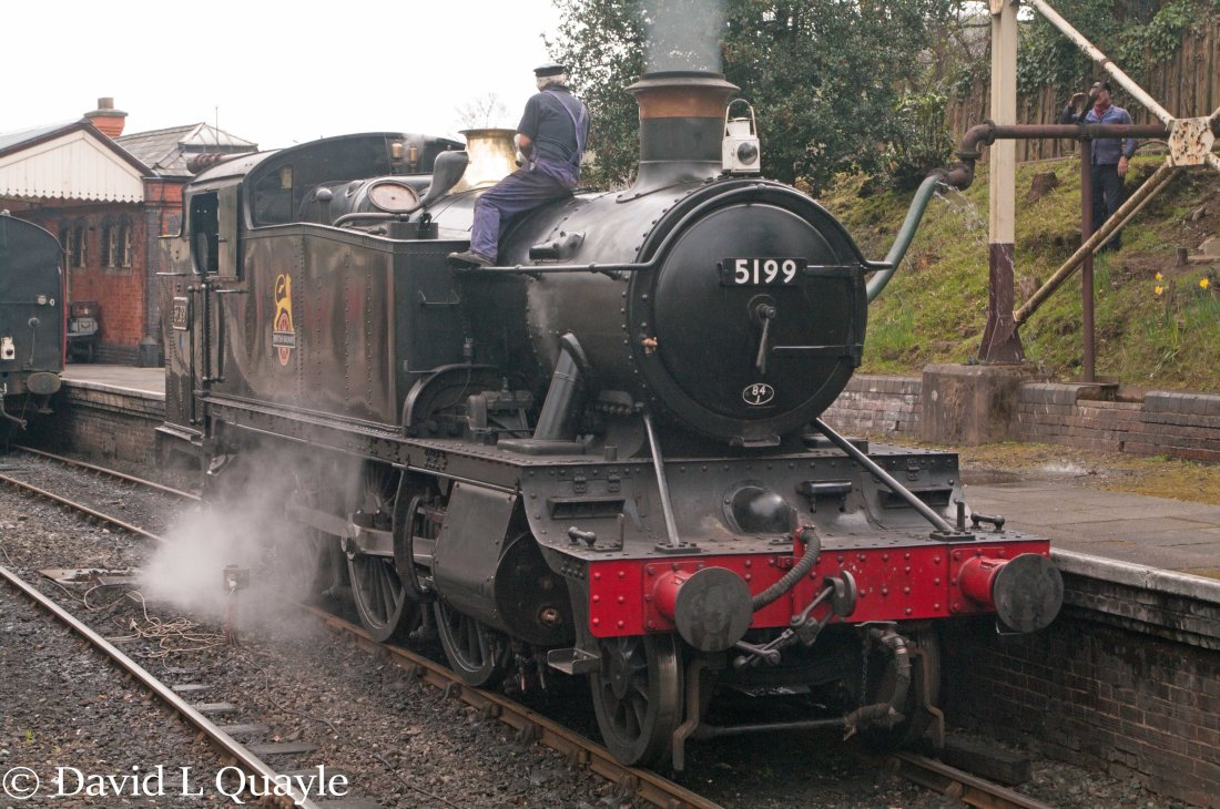 This image has an empty alt attribute; its file name is 5199-at-llangollen-april-2016.jpg