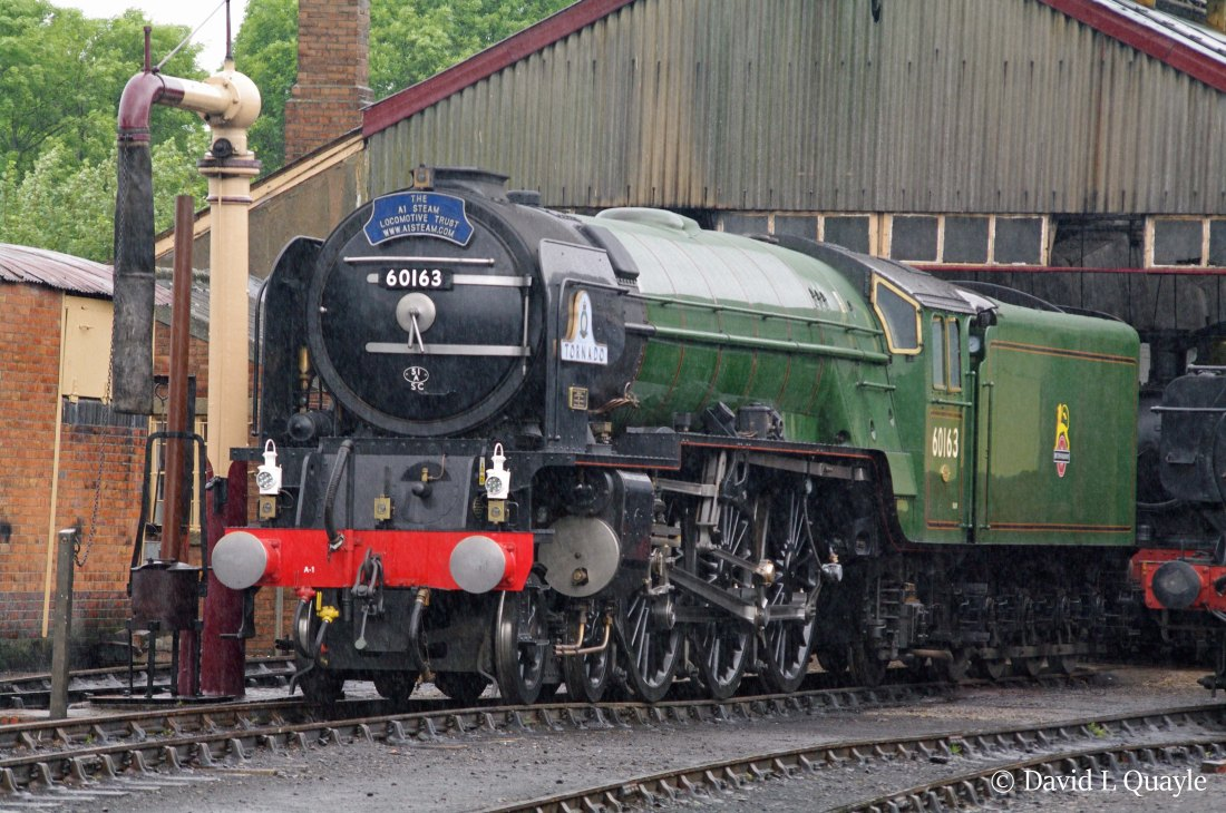 This image has an empty alt attribute; its file name is 60163-tornado-at-didcot-june-2011.jpg