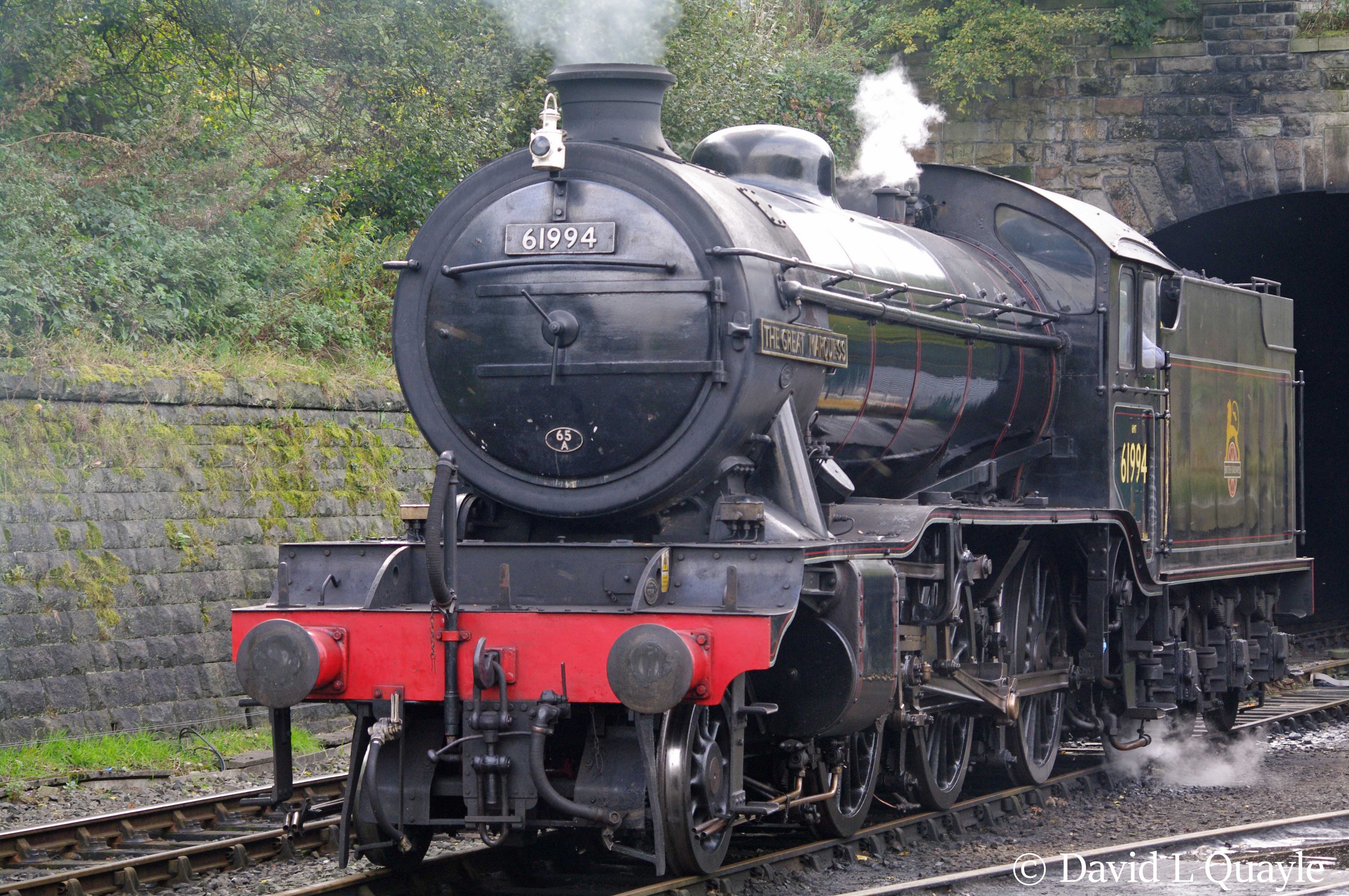 This image has an empty alt attribute; its file name is 61994-the-great-marguess-at-bury-on-the-east-lancashire-railway-october-2014.jpg