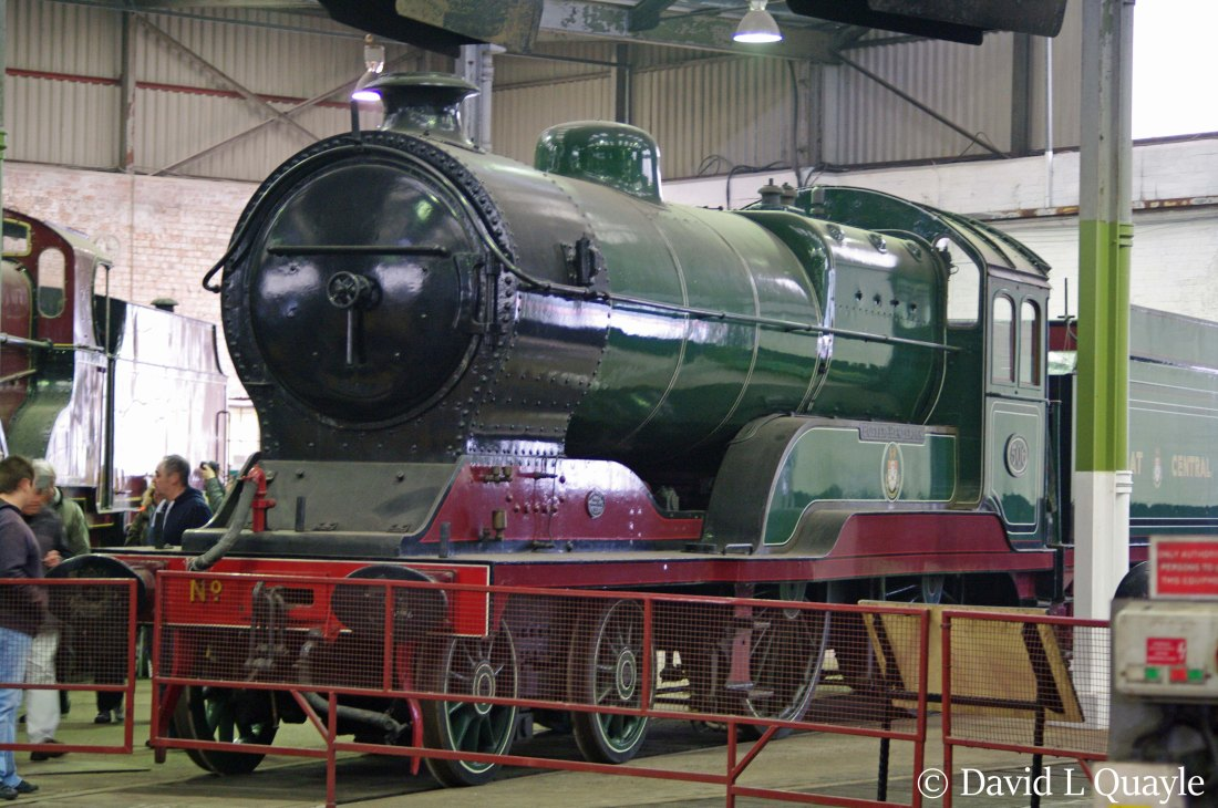 This image has an empty alt attribute; its file name is 62660-butler-henderson-in-barrow-hill-roundhouse-march-2015.jpg