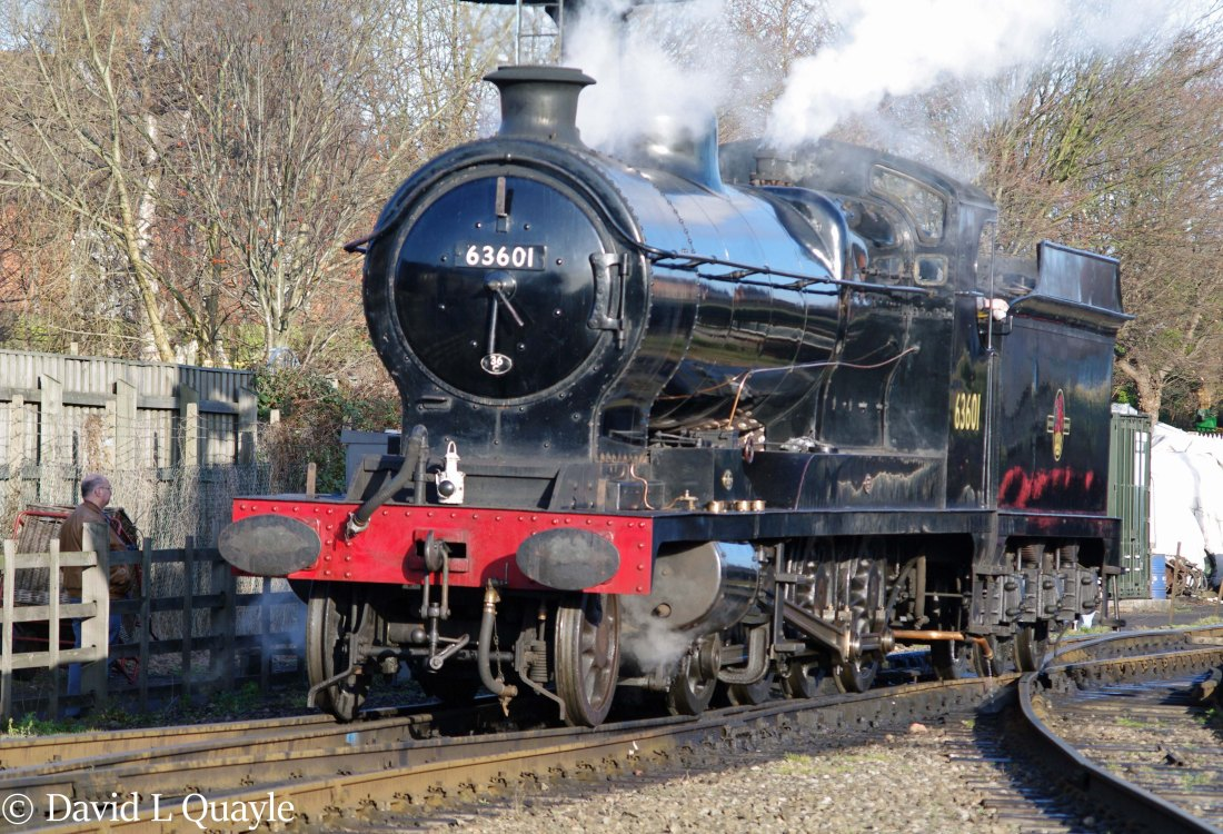 This image has an empty alt attribute; its file name is 63601-at-loughborough-on-the-great-central-railway-january-2012.jpg