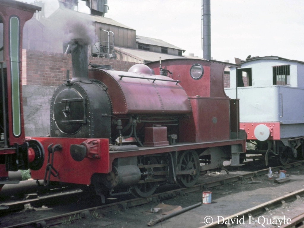 This image has an empty alt attribute; its file name is 68153-behind-bagnall-0-4-0st-2702-at-the-middleton-railway-july-1966.jpg