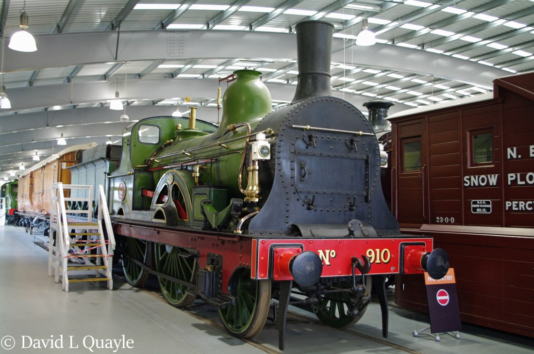 This image has an empty alt attribute; its file name is 910-in-locomtion-at-shildon-october-2010.jpg
