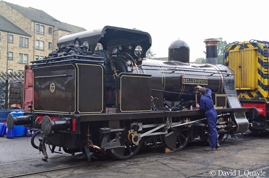 This image has an empty alt attribute; its file name is bellerophon-at-haworth-on-the-keighley-worth-valley-railway-e28093-october-2010.jpg