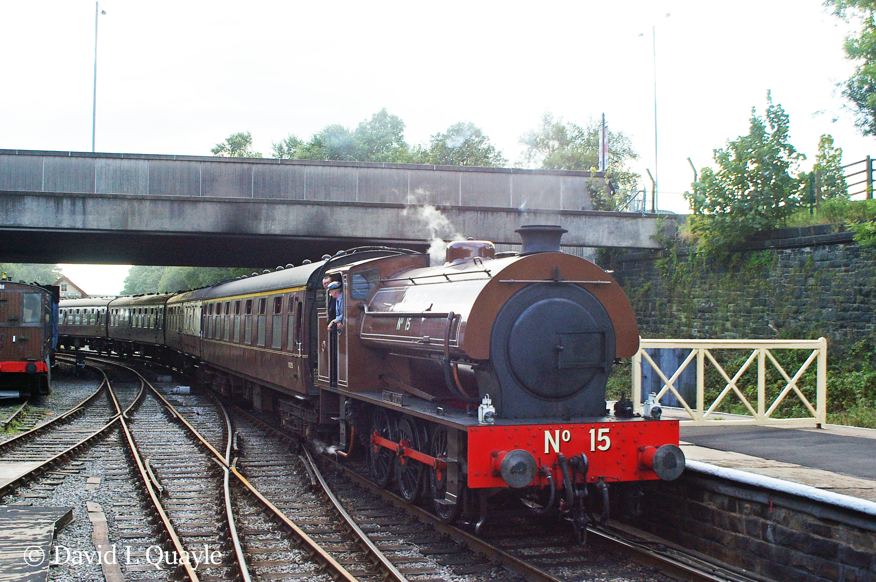 This image has an empty alt attribute; its file name is earl-david-at-bury-on-the-east-lancashire-railway-2009.jpg