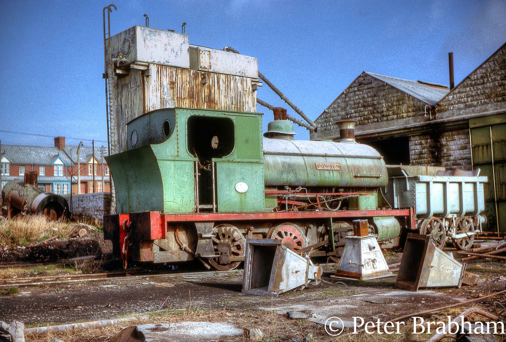 This image has an empty alt attribute; its file name is peckett-sons-1636-at-rhoose-cement-works-february-1964.jpg