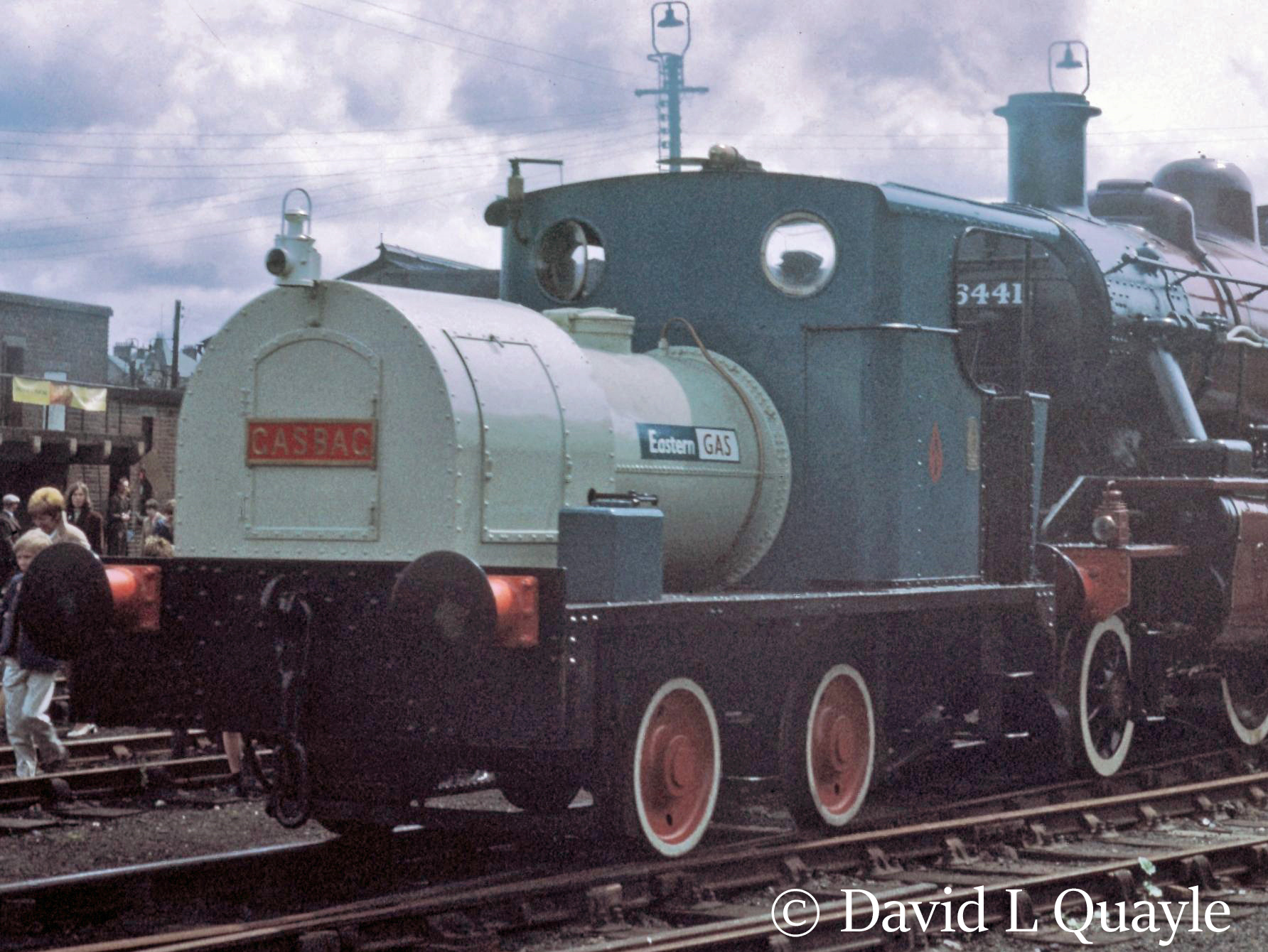 This image has an empty alt attribute; its file name is 8024-gas-bag-no-7-at-steamtown-carnforth-e28093-1969.jpg