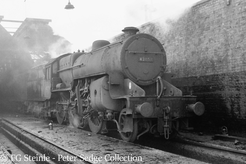 This image has an empty alt attribute; its file name is 42859-on-birkenhead-shed-september-1965.jpg