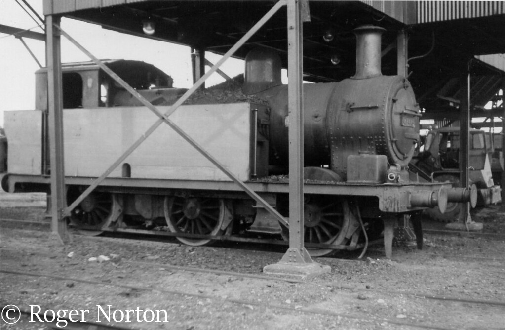 This image has an empty alt attribute; its file name is 47445-at-brampton-bierlow-near-barnsley-july-1967.jpg