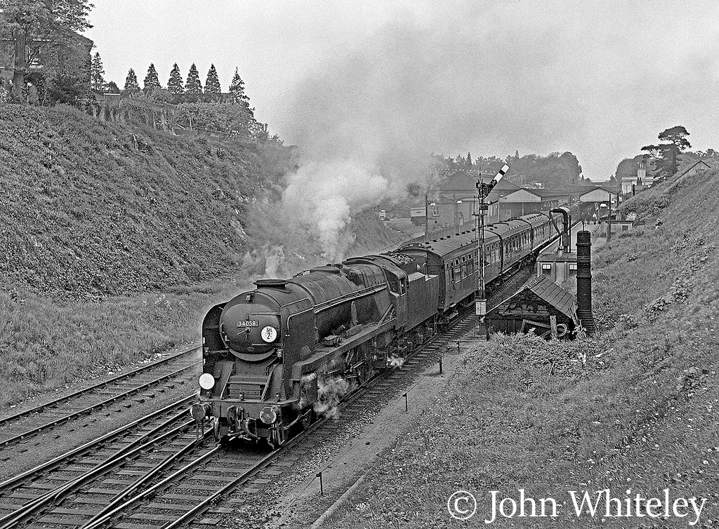 This image has an empty alt attribute; its file name is 34058-sir-frederick-pile-leaving-winchester-on-a-train-to-bournemouth-may-1964.jpg