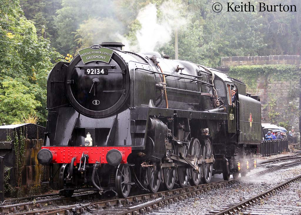 This image has an empty alt attribute; its file name is 92134-at-grosmont-on-the-north-yorkshire-moors-railway-september-2019.jpg
