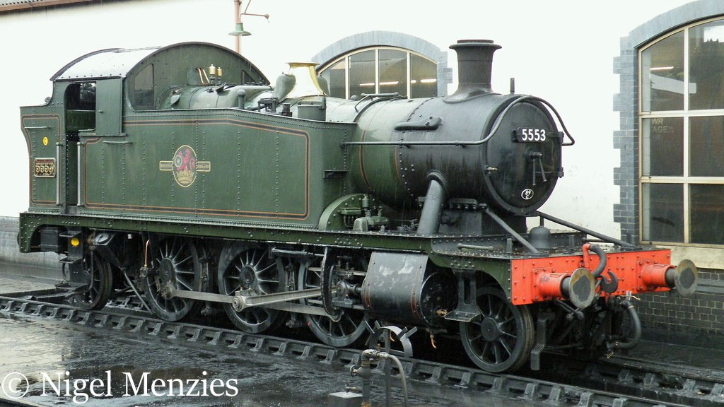 This image has an empty alt attribute; its file name is 5553-at-minehead-on-the-west-somerset-railway-april-2010.jpg