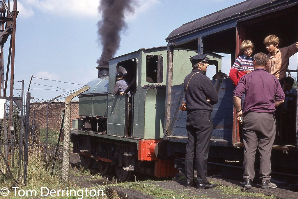 This image has an empty alt attribute; its file name is mw-1317-at-foxfield-colliery-september-1971.jpg