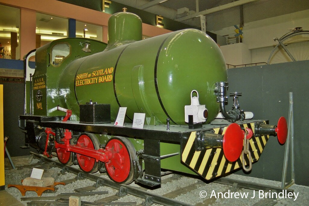This image has an empty alt attribute; its file name is andrew-barclay-1571-in-the-glasgow-museum-of-transport-at-kelvin-hall-may-2014.jpg