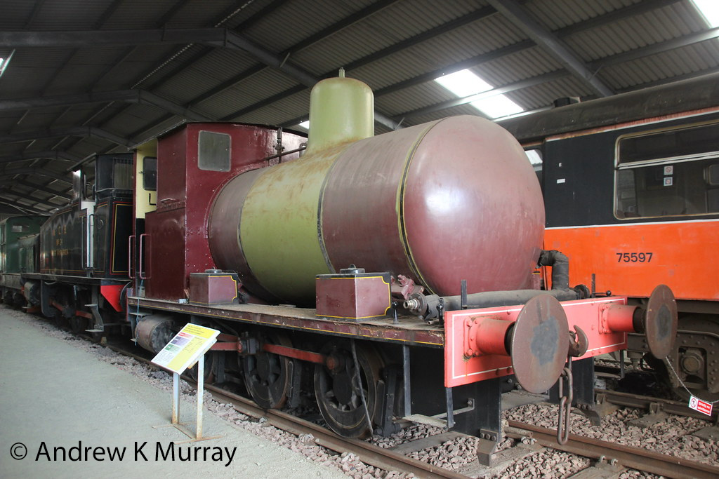 This image has an empty alt attribute; its file name is andrew-barclay-1989-at-the-boness-kinneil-railway-october-2015.jpg