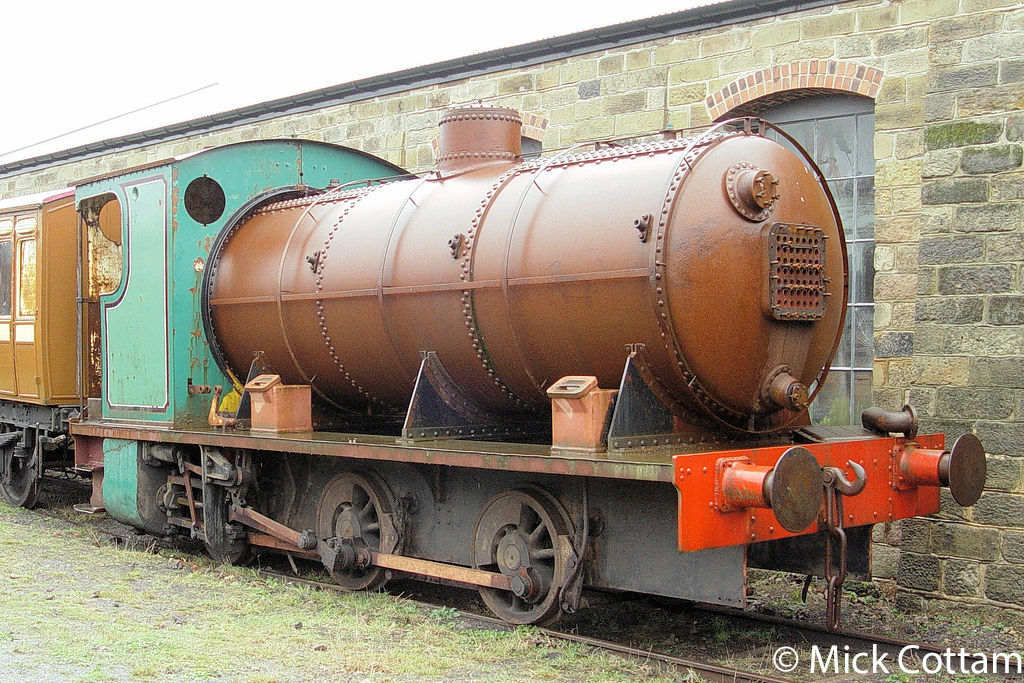 This image has an empty alt attribute; its file name is hl-3746-at-the-tanfield-railway-december-2009.jpg